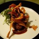 Biefstuk met rucola en chips van schorseneren